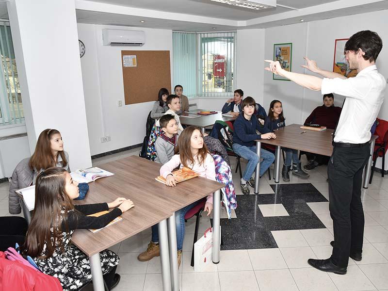 Открит урок за деца по английски език с опитни чужденци